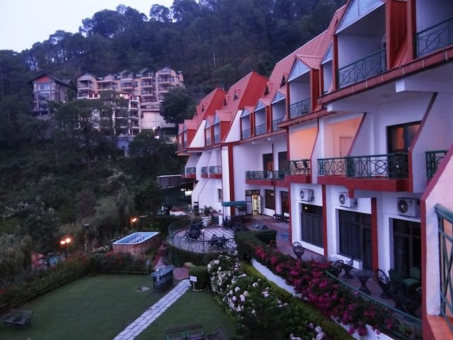 Kasauli resorts