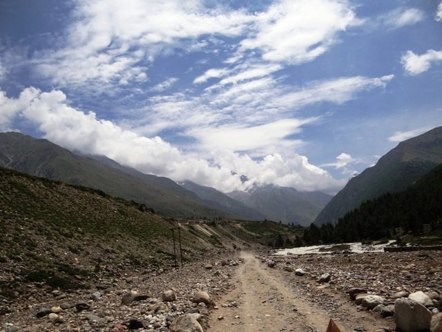 Near the riverbed at Chhitkul