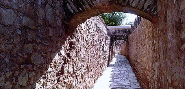 Secret Tunnel From Amer to Jai Garh Fort.