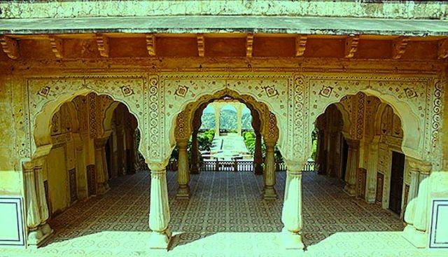 Aaram Mandir, Jaigarh fort