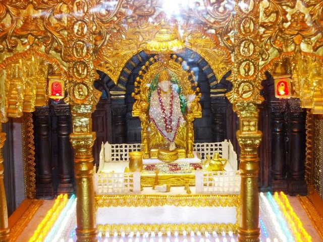 Replica of SAI Temple kept at reception