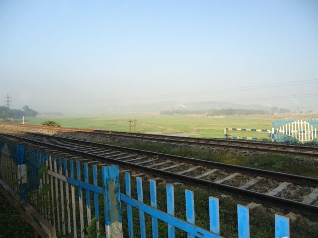 The city ends and we head into the greenery all around @Panikheti Railway crossing