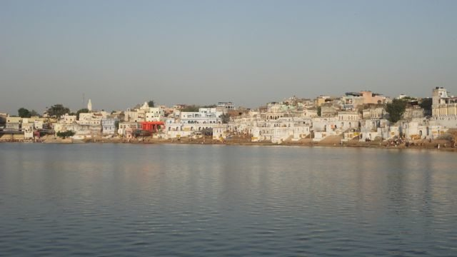 Pushkar Lake in morning glory