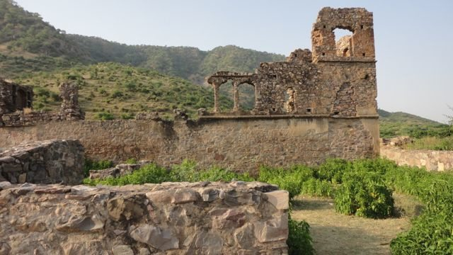 Ruins of the Dancers' haveli