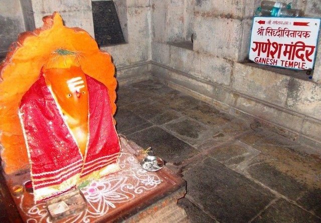 A small Ganesh Temple on the way