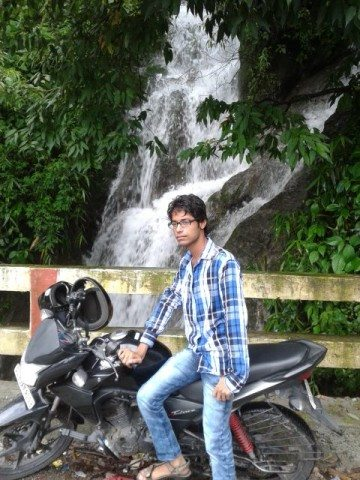 Water fall on the way to Mussorie