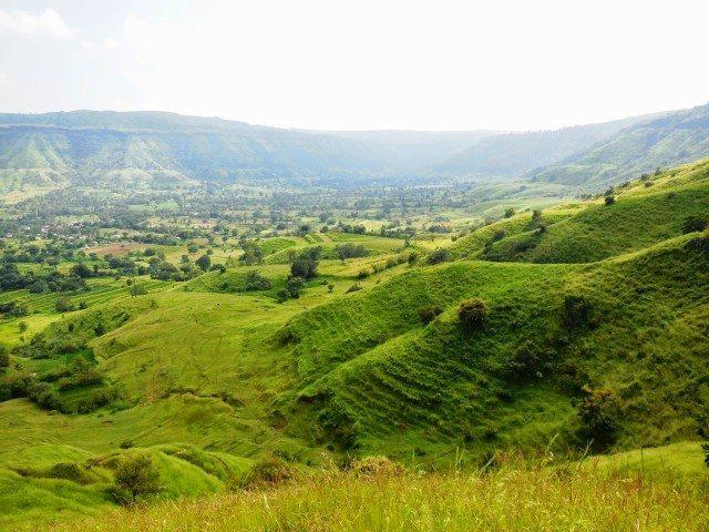 Rolling hills on the way to Sajjangarh, Thoseghar, Chalkewadi