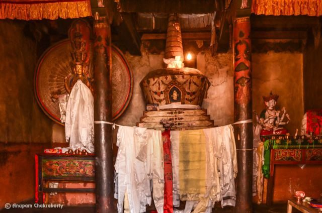 Inside the old gompa