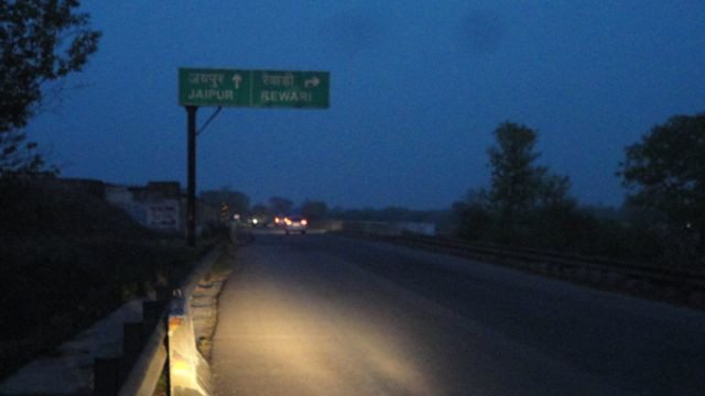 At the junction of Sahibi river bridge