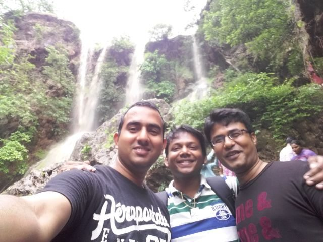 Selfie with Waterfall !!!