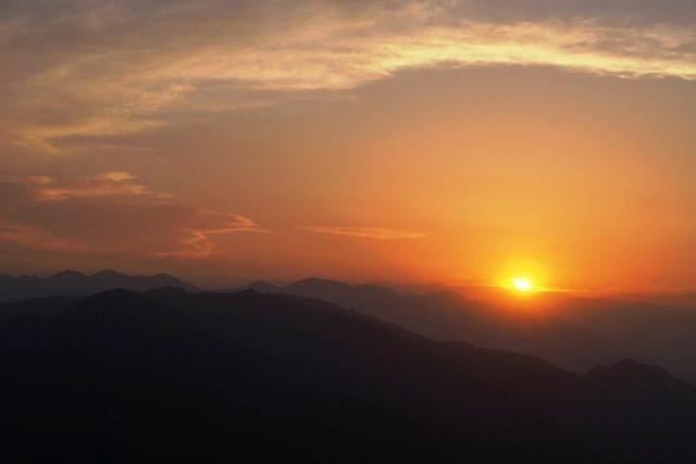Sunset view from Chauli Ki Jaali