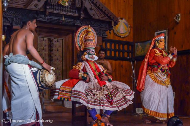 Kichaka trying to convince Draupadi (disguised as Sairandhi)