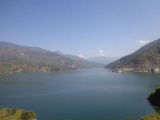 झील का पास से छायांकन