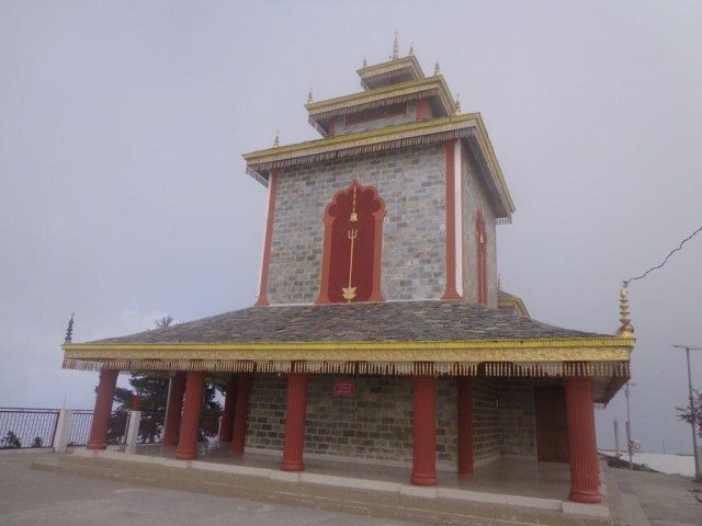मंदिर का बैक व्यू