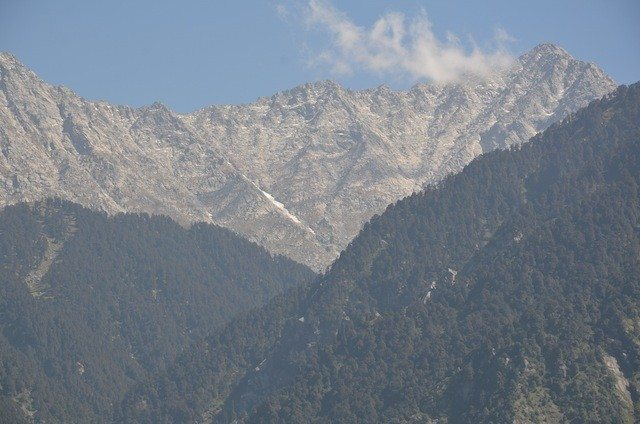 View of the Dhauladhar range
