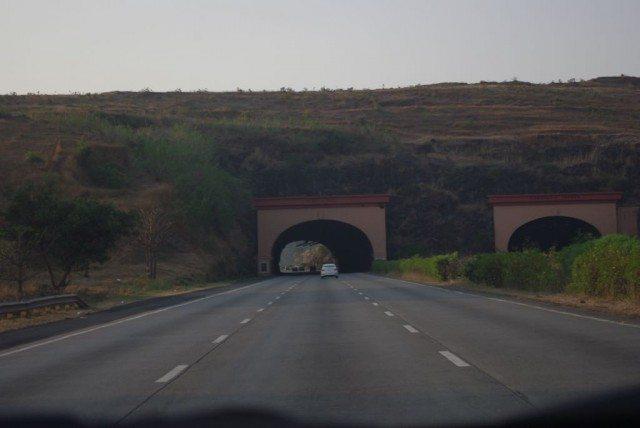 Lonaval -Khandal highway
