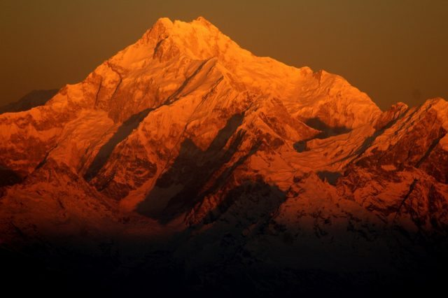 Changing colours of Mt.Kanchejungha a heavenly sight