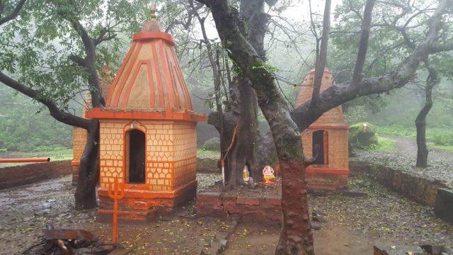 दत्त मंदिर परिसर