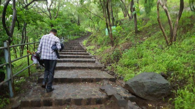 पांडव लेनी ट्रेक का एक दृश्य