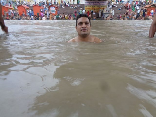 Bathing in Ganga Haridwar