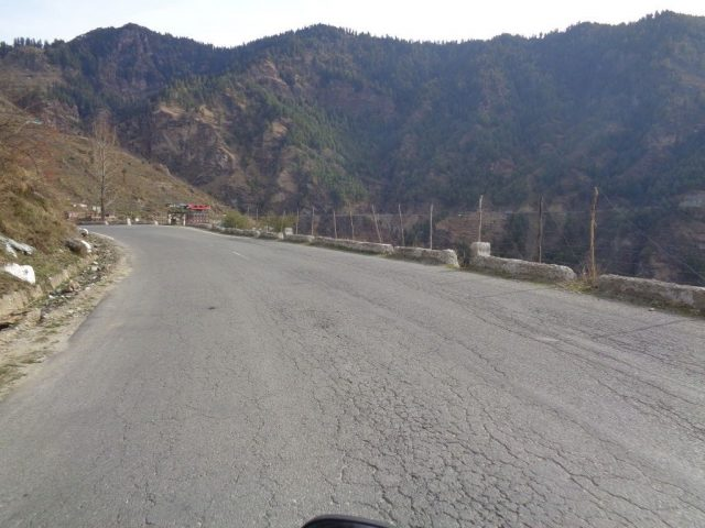 Road condition on the way to Narkanda