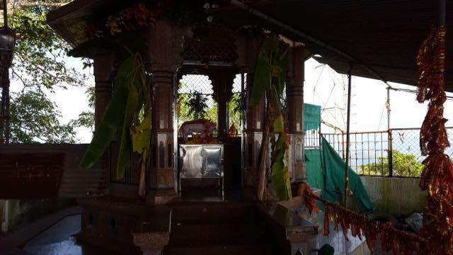 कामधेनु मंदिर का एक दृश्य