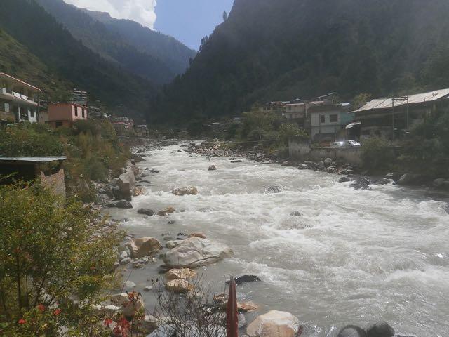 पार्वती नदी का एक दृश्