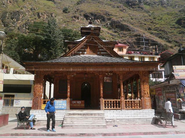 मणिकर्ण में नैना देवी मंदिर