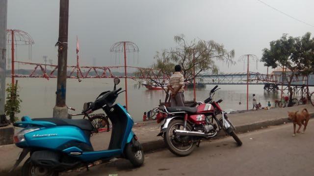 Road through Ganga